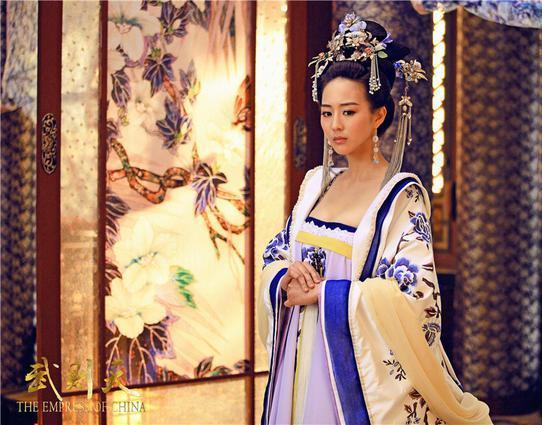 EmpressOfChina_JanineChang